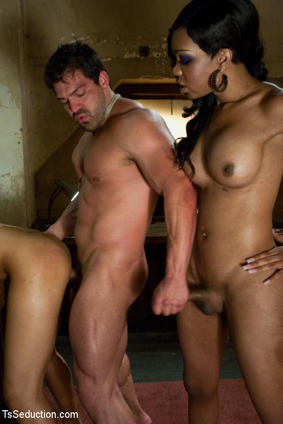 Бисексуалы крым