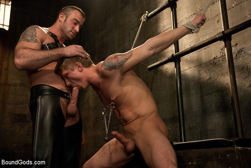Порно раб гей бесплатно 11427 фотография
