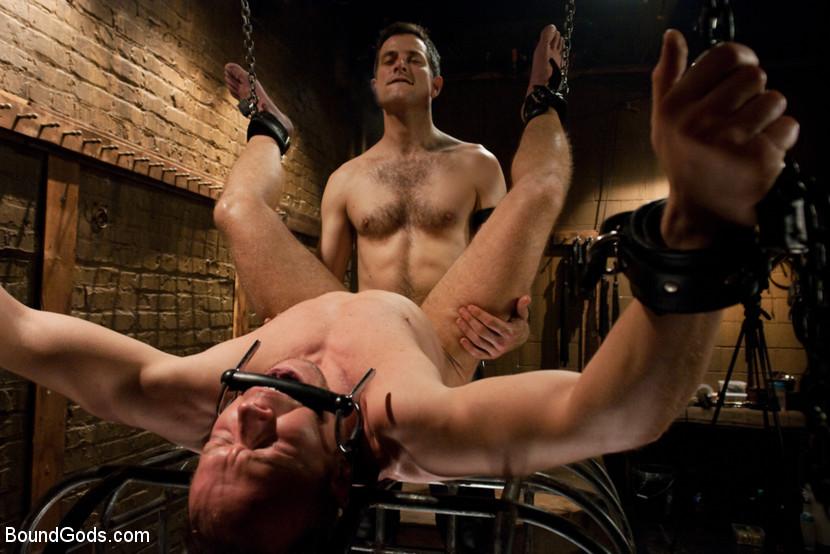 Порно Геи Пытки
