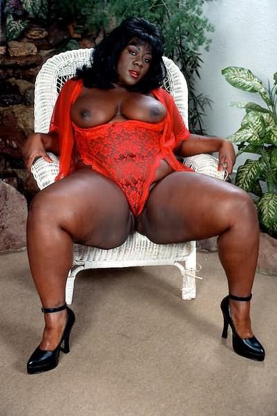 Fat black plumpers