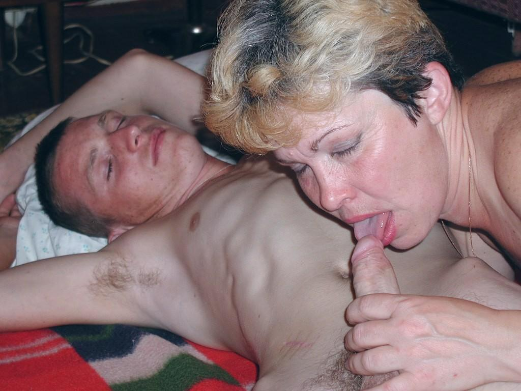 отсос от мамки порно фото