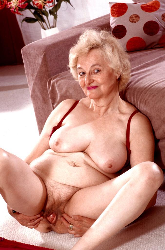 голые волосатые бабули фото