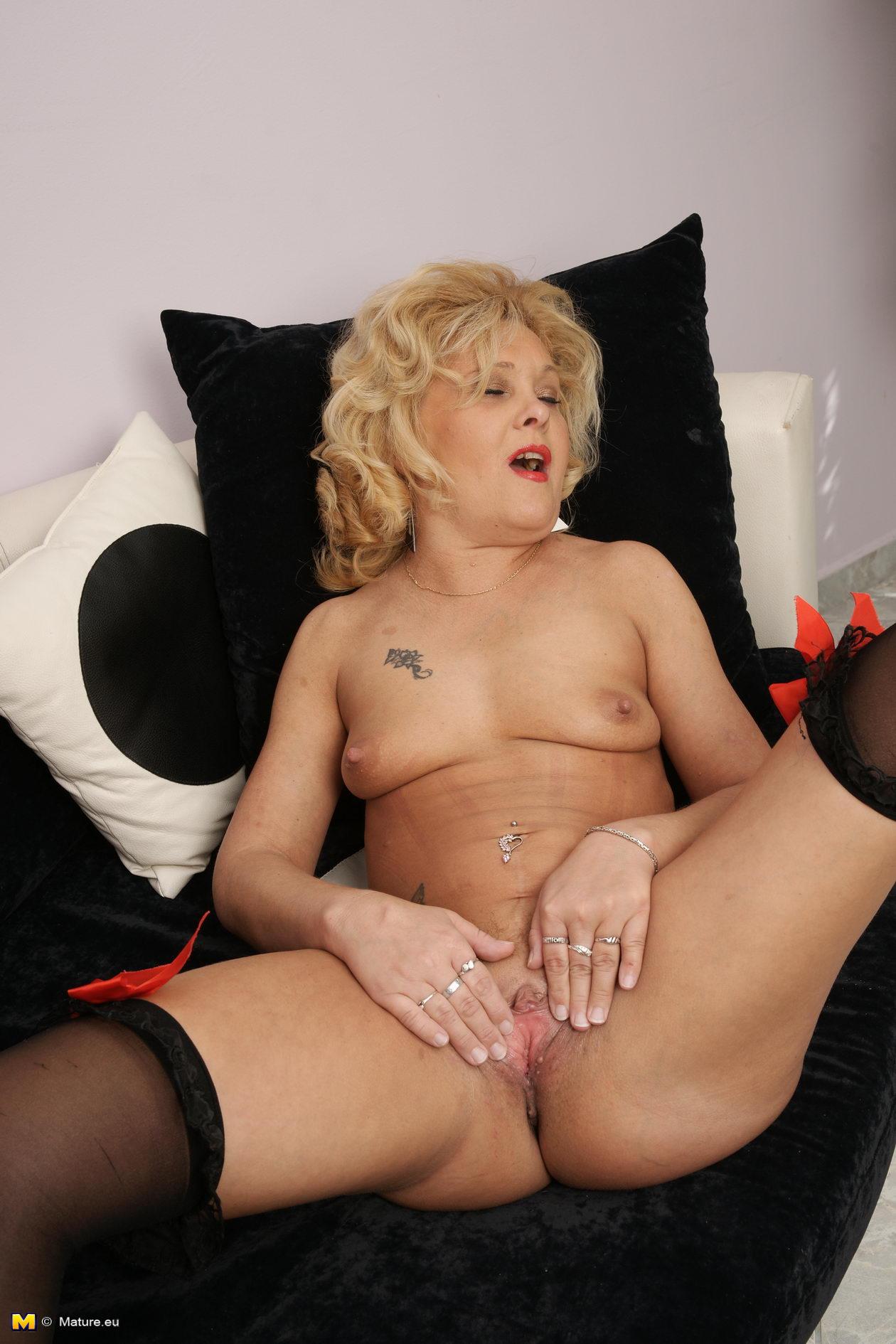 Бесплатные порно фото блондинок