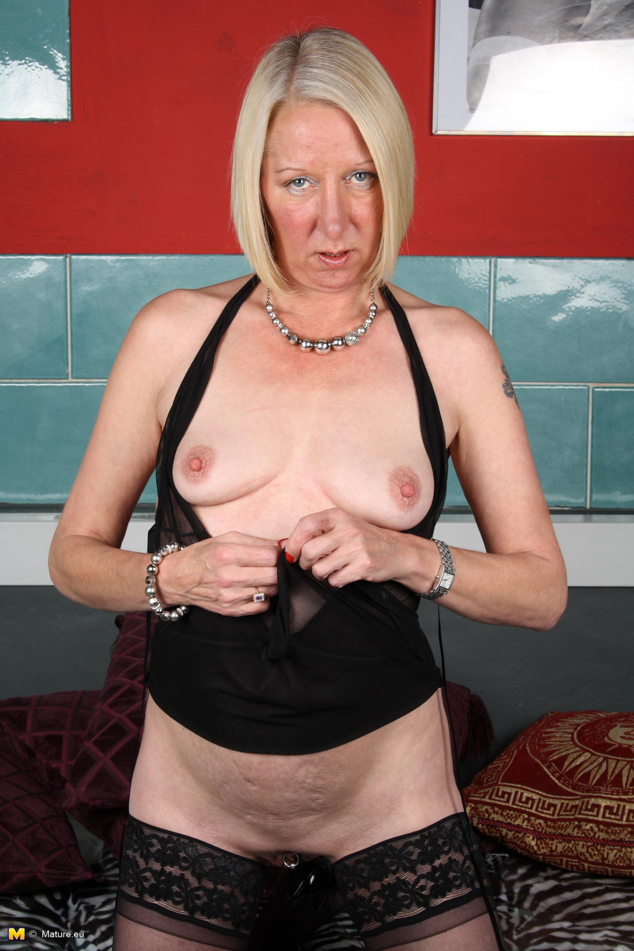Russian pussy girl mature