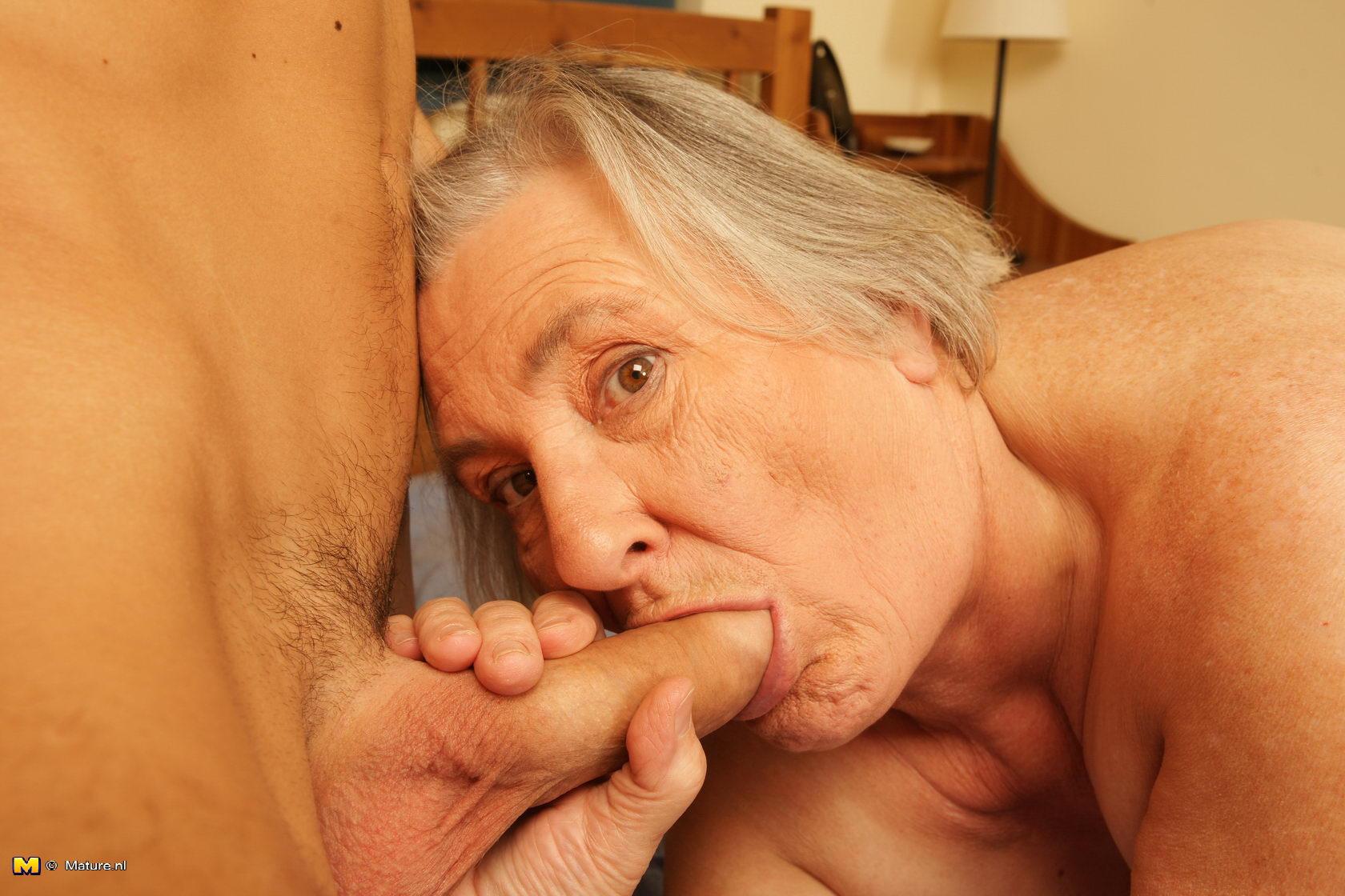 ххх порно фото бабушек