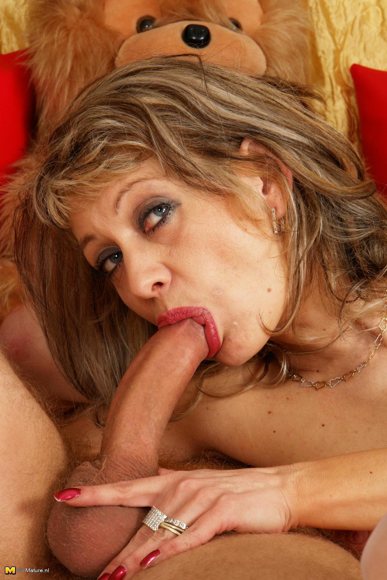 Порно мама и сын Смотреть онлайн порно видео русские мама