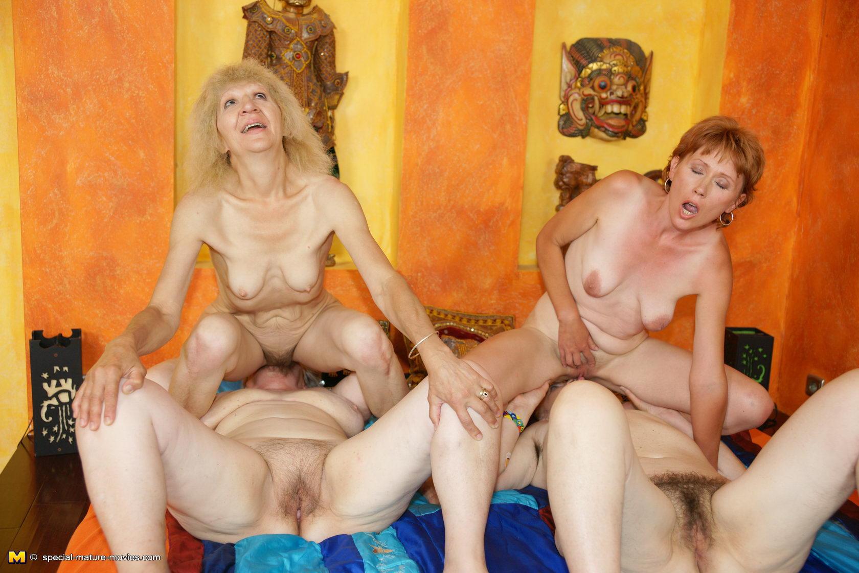 Смотреть порно зрелых на русском онлайн, Порно со зрелыми русскими женщинами. Секс видео 7 фотография
