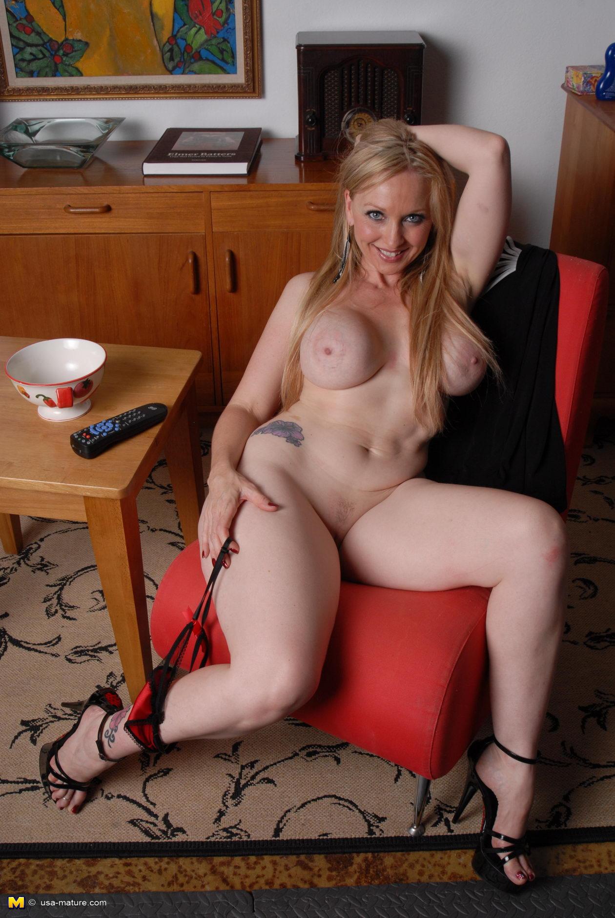 porno-natasha-belle
