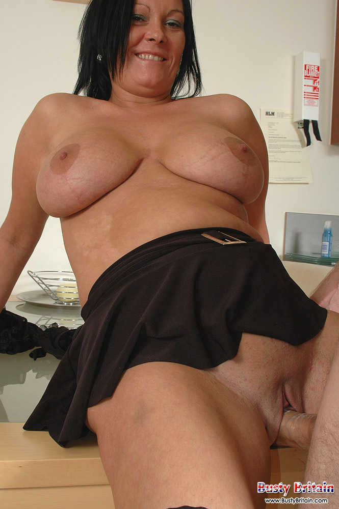 Mature Wife Big Tits Doggy