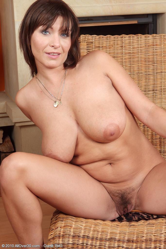 мамочки волосатые порно фото