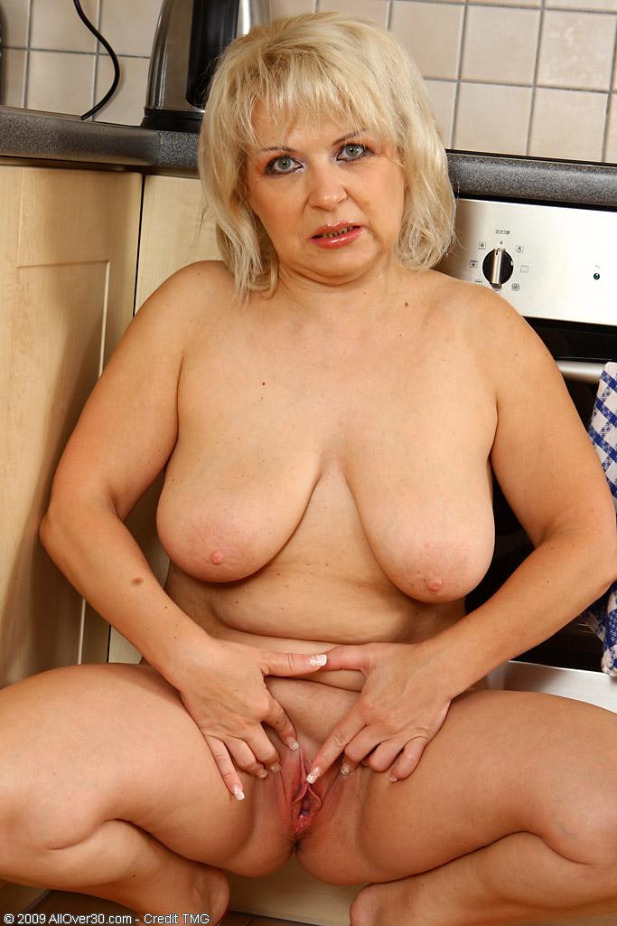 Vintage pregnant nude