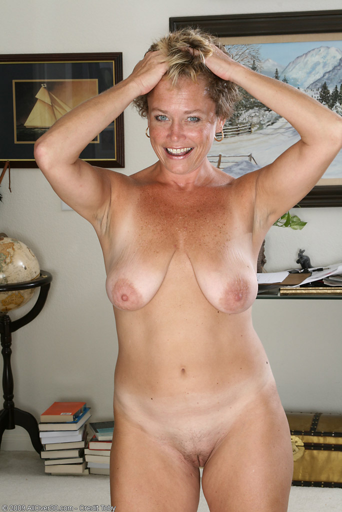 Nipples Mature Galleries - Aged Mamas.