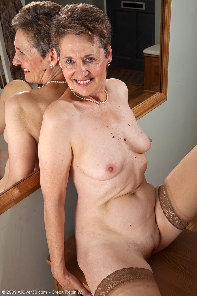 Chubby desi girl nude