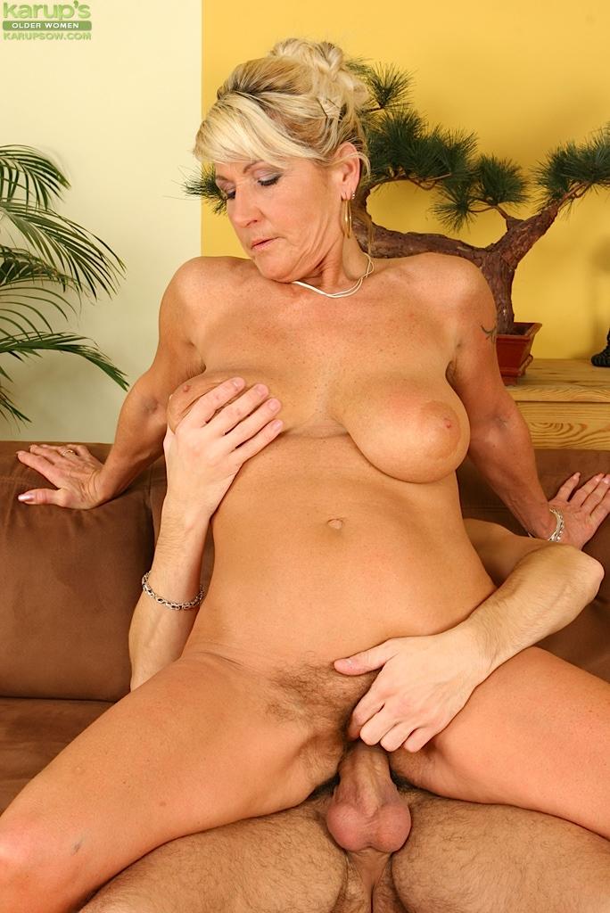 порно фото галереи зрелых женщин № 299100  скачать