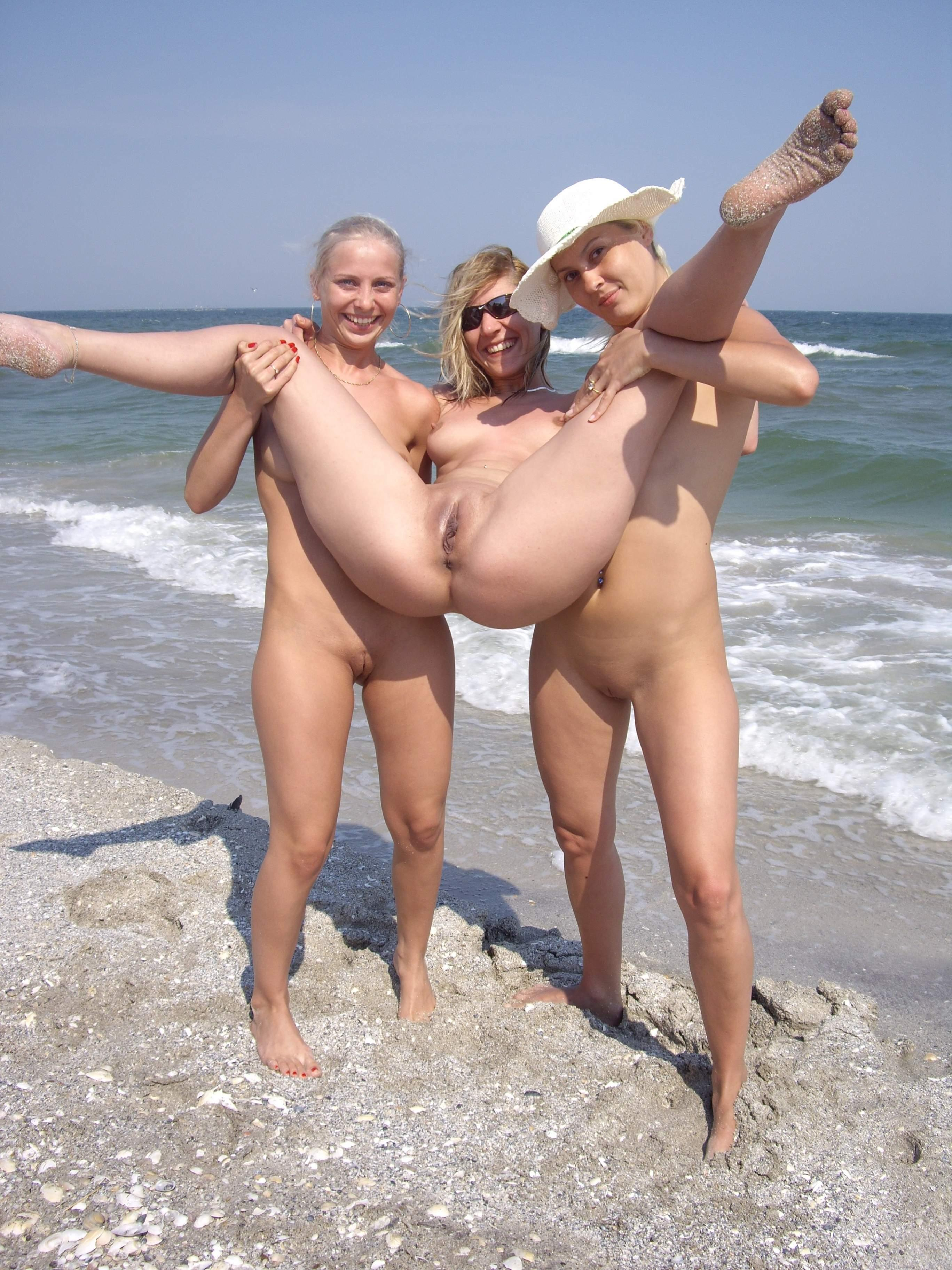 krasivie-golie-domashnie-foto