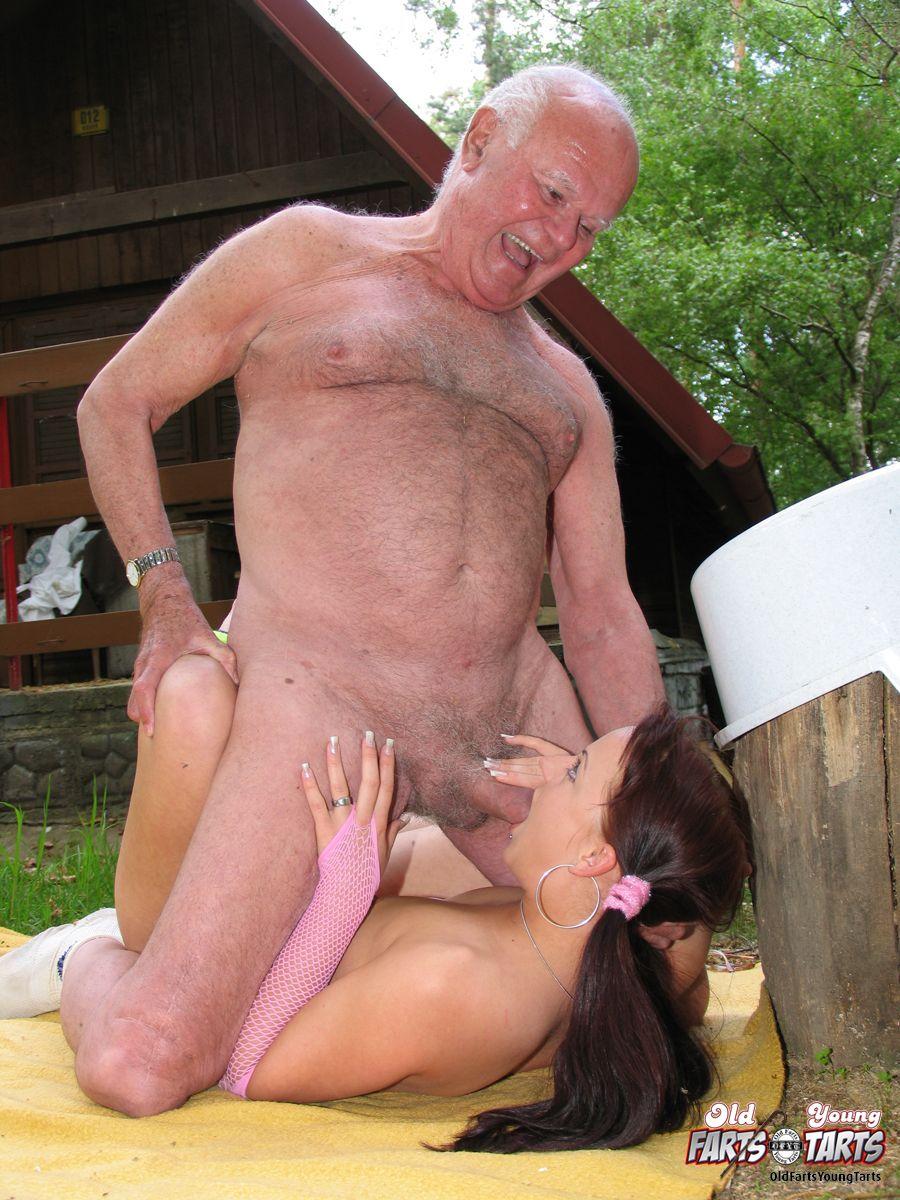 porno-stariy-ded