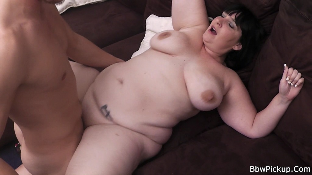 Mature woman choking on a big cock -