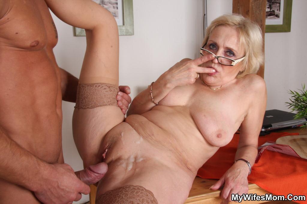 бабушки и порно