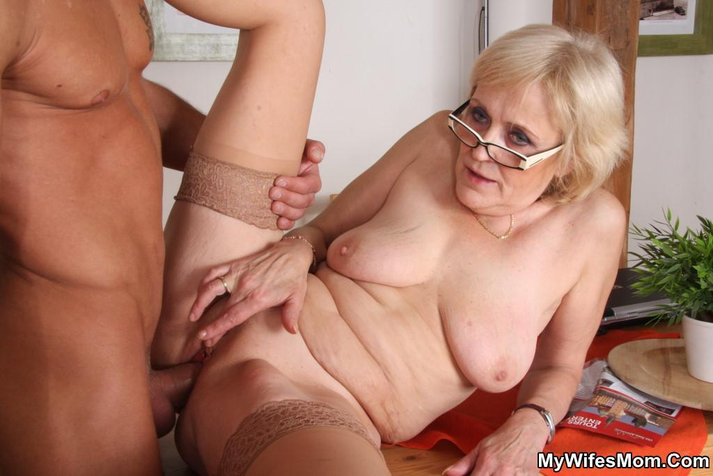 Free granny hardcore sex