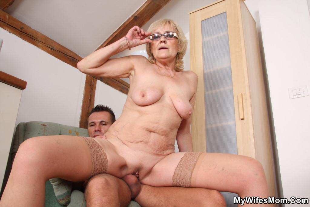 секс старушки порно фото