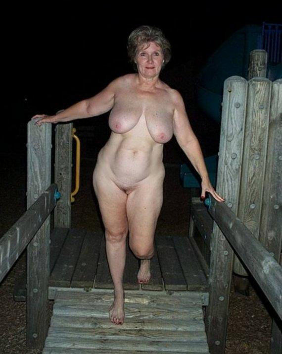 groups of naked grannies -