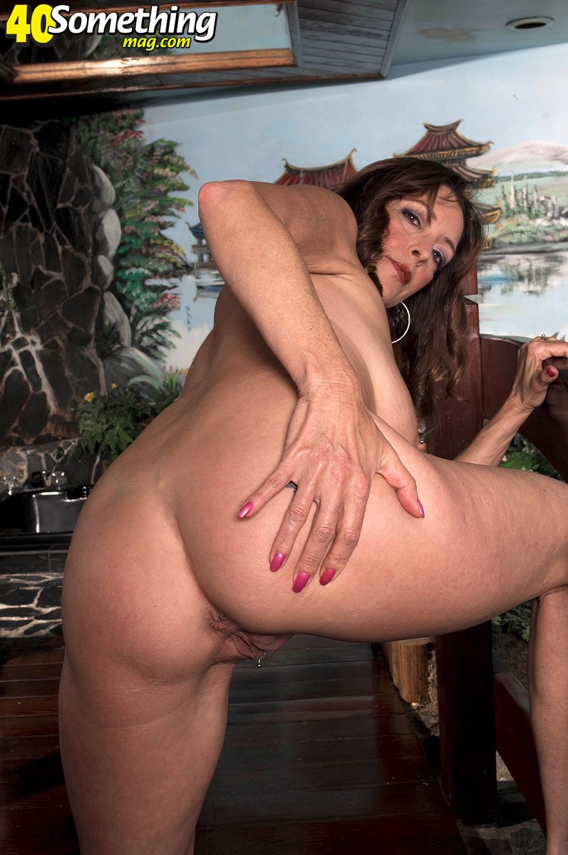 Small Town Milf 86