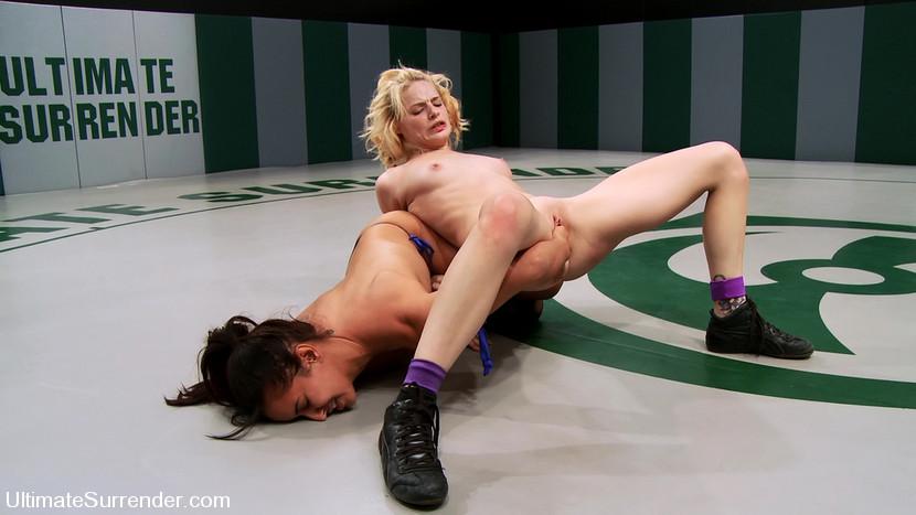 Lesbian surrender number 01