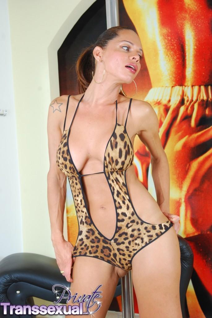 Bridget midget naked