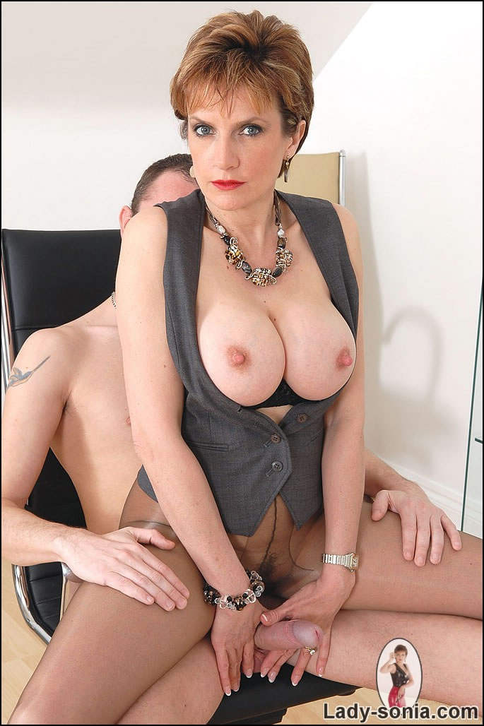 British milf fleshlight play 5